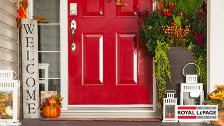 4 Ways to Increase Your Curb Appeal During the Fall