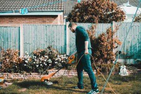 8 Quick Fixes for Your Home's Curb Appeal