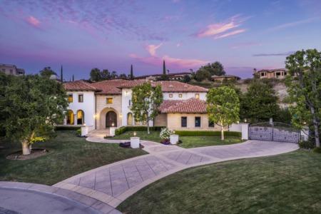 25232 Prado del Misterio | The Estates of the Oaks of Calabasas