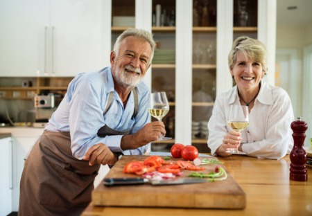 7 Factors to Consider When Choosing A Retirement Home