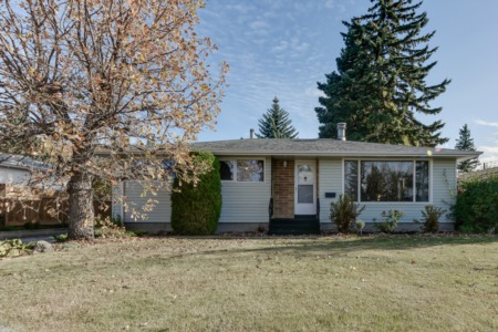 Bungalow in Laurier Heights