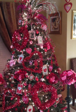 Valentine's Day Trees Are The New Trend