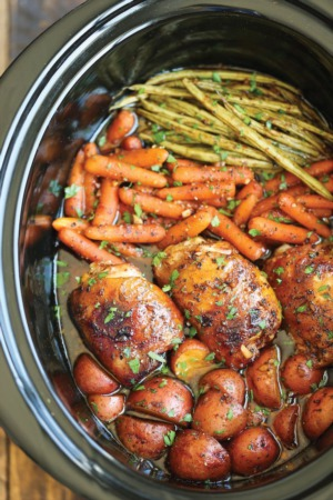 Easy Dinner Recipe Of The Week ~  SLOW COOKER HONEY GARLIC CHICKEN AND VEGGIES