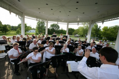 THURSDAY THIS & THAT-HERITAGE HILL CONCERT