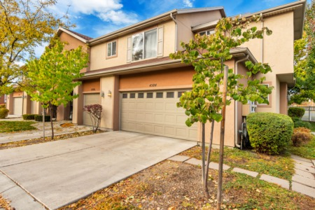 BACK ON MARKET: Highly Desirable Townhome Unit in Taylorsville!
