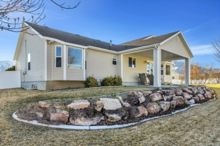 Home Feature: Get this beautiful yard in Tooele!