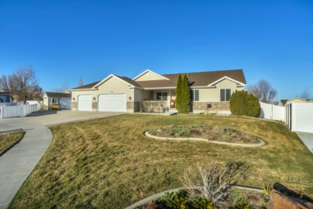 SALE PENDING! Fantastic Tooele Home Now Under Contract
