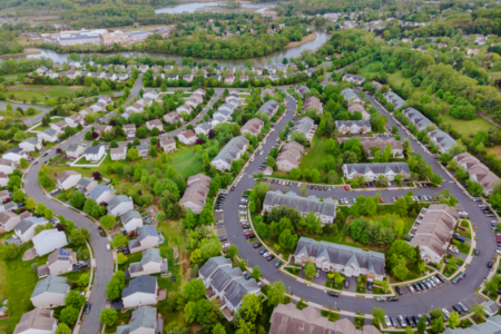 Buying a Home | What is an HOA?