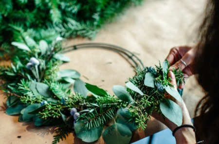 10 Last-Minute DIY Christmas Decorations