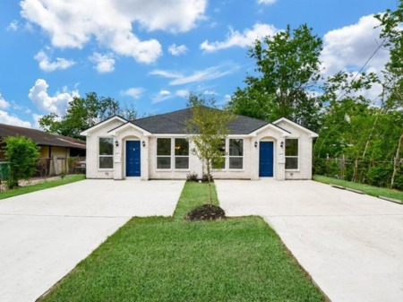 Investing in Duplexes, Triplexes and Four-Plexes in Houston