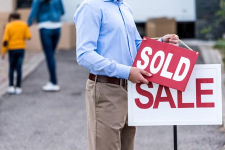 Selling your Kelowna home? 3 ways working with a Realtor can SAVE you money