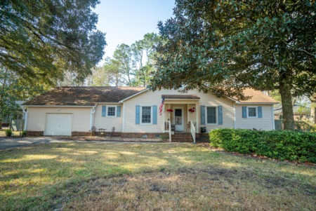Just Listed in Snee Farm Neighborhood of Mt. Pleasant!