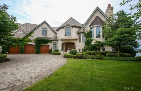 Lakefront Luxury at 231118 Sandpiper Court in Plainfield, IL