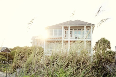 How Selling a Vacation Home Differs From a Primary Residence