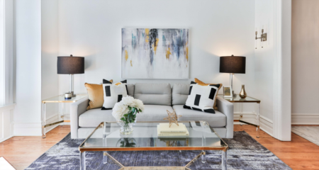 4 Tips for Pricing Furniture When You Sell a House