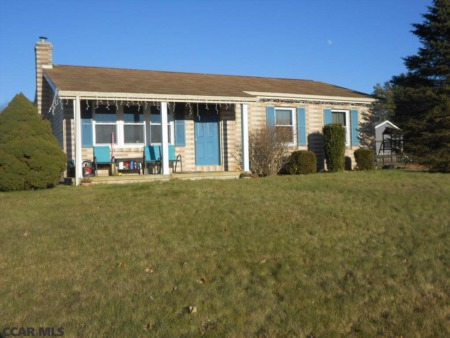 105 Meadow Lane - Bellefonte, PA