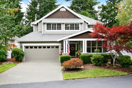 3 Hacks to Boost Your Home's Curb Appeal Before Listing