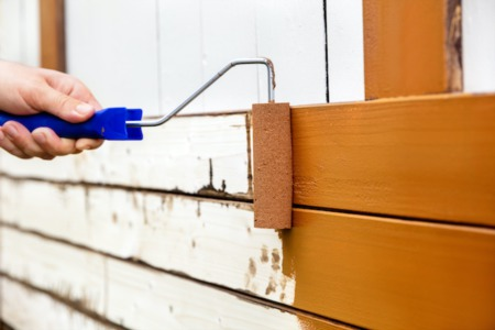 4 Key Features to Paint for Commanding Curb Appeal