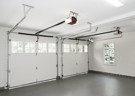 5 Essentials for Transforming a Detached Garage Into a Guest House
