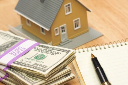 What's the Difference Between an Earnest Money Deposit and a Down Payment?