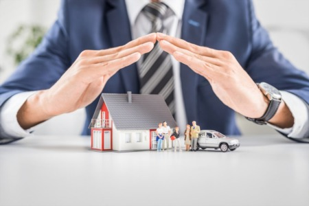 Buying a Home? Here's What You Need to Know About Homeowners Insurance