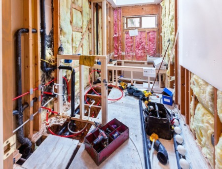 Bathroom Remodeling Tips: Getting the Most ROI with Smart Bath Upgrades