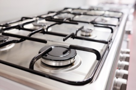 Gas vs. Electric: Which Stove Should Homeowners Choose?