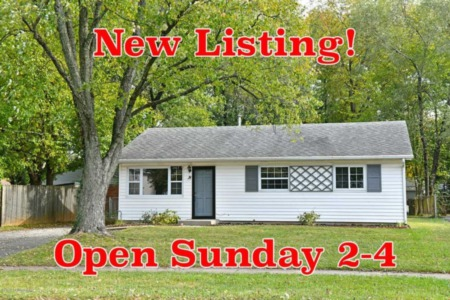 New Listing in Jeffersontown! Open Sunday 2-4