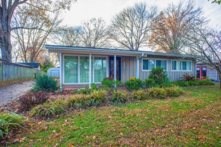 Modern chic! Just listed by Melanie Crane & Open Sunday 1-3 in the Moorland subdivision of Louisville!