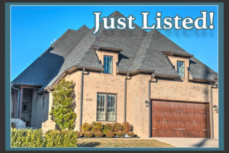 New listing in Locust Creek