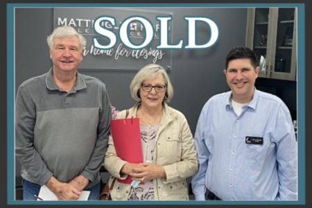 Dan Schneider closed on another home!