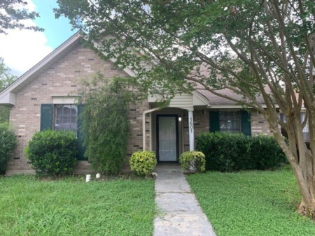 Weekly Home for Rent Feature!