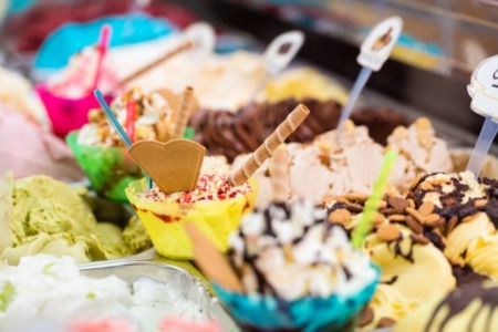 A Look at the Best Ice Cream Parlors in Alaska