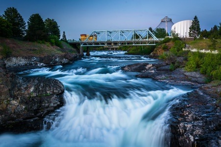 Make the Most of the Falls This Spring