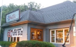 Kentucky's Hall's on The River is a great Place to Dine!