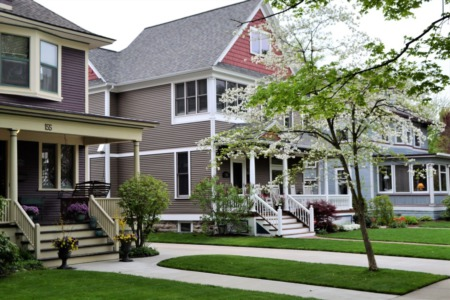 5 Questions to Ask Yourself When Choosing a Neighborhood