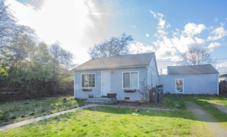 180 Jeanette Ave, Medford, Oregon 97501