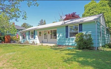 2111 Hillcrest Rd., Medford, Oregon 97501
