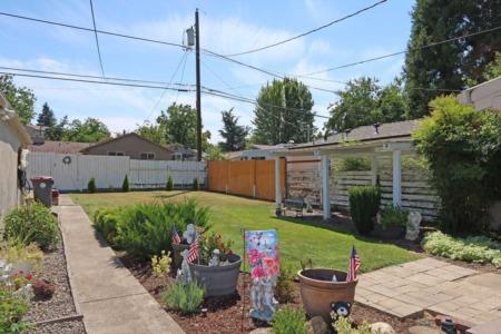 213 Willamette Ave., Medford, Oregon