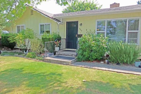 588 N 6th St., Central Point, Oregon
