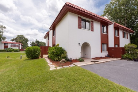 Just Listed 2069 Oak Meadow Circle