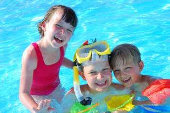 Take the Kids Swimming in Crestwood August 26