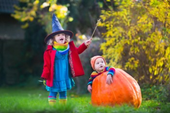 Take the Kids to the World's Largest Halloween Party at the Zoo October 6