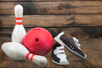 Have a Family Bowling Night at Ten Pin Lane February 12