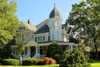 Visit the Carriage Houses of Old Louisville June 17