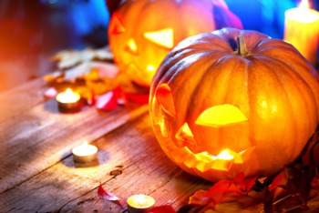 See the Jack O'Lantern Spectacular at Iroquois Park October 25