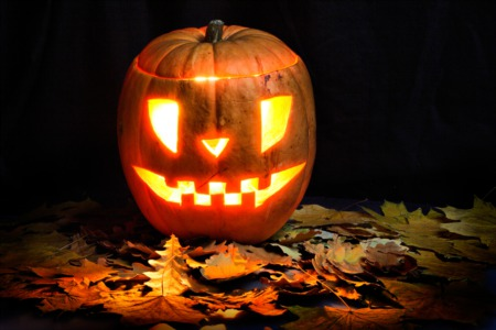Have Fun at the Jack O' Lantern Stroll October 19