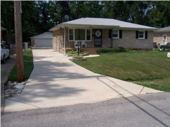 Home for Sale 3316 Donald Drive Louisville, Kentucky 40216