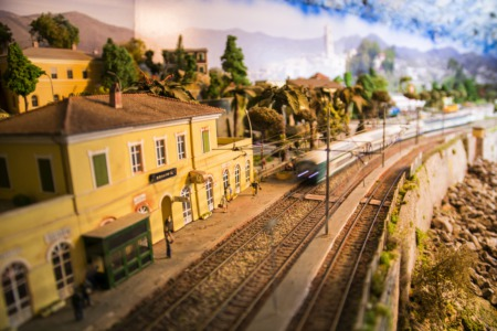 Play Around at the Model Train Show at St. Mary's Center April 2