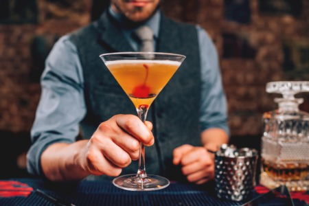 Make Drinks at the Derby Cocktail Class at Westport Whiskey and Wine April 3